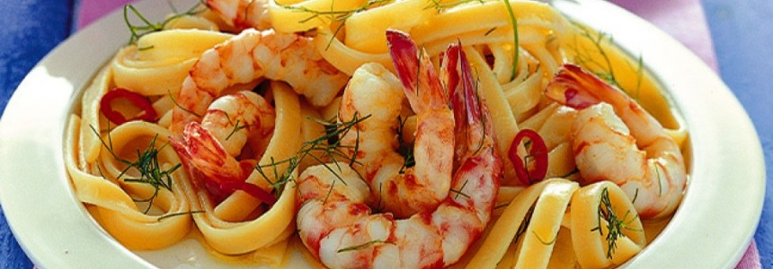 Pasta with garlic , oil ,chilli and prawns